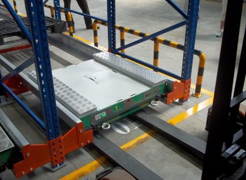 为什么许多货架厂商都建议仓库使用穿梭车货架